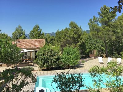 Photo for Art déco-style gîte with swimming pool and beautiful garden, 1 km from Faucon