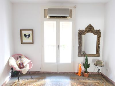 Photo for Spacious & bright apartment in the heart of Barcelona w/AC