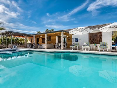 Photo for Modern, Comfortable 3BD/2.5 BA: Pool, Spa, Views And Dog-Friendly (Sleeps 6)