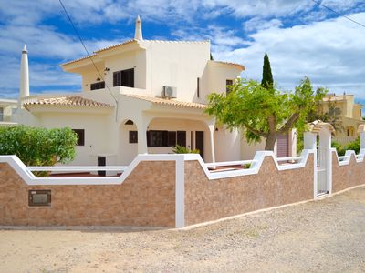 Photo for Albufeira Luxury Ocean Blue Villa