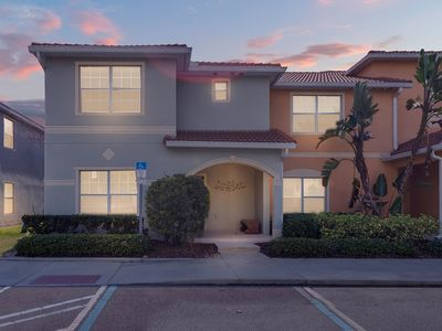 Photo for 5 Bedroom/4 Bathrooms/12 People/ Paradise Palms-8976UC