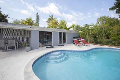 North Miami Beach Villa With Pool U0026 Grill. Ideal For Families! Minutes To  Beach!