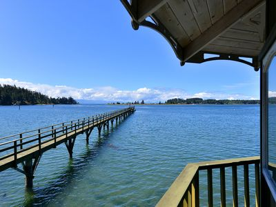 Photo for Incredible 4 Bedroom Oceanfront Beach House with Beach and Large Wharf