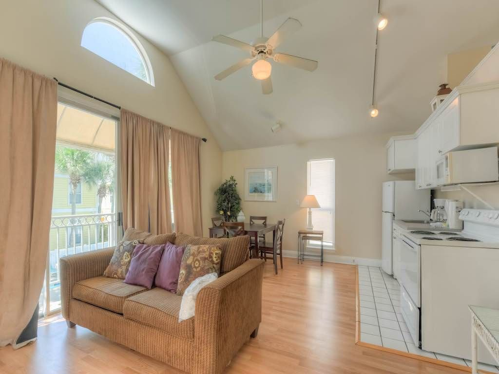 rent br vacation in cottage beach rainbow rental fl crystal condo nantucket for cottages destin