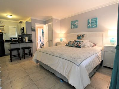 Photo for Tropic Terrace 10 Ground Floor Studio King Bed Pool Side Treasure Island