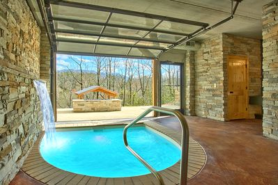 Romantic Modern Cabin With Indoor Pool Spa And Amazing Mountain Views Gatlinburg