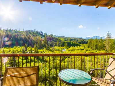 Photo for ❤ of town✦VIEWS✦Balcony✦Top Flr River Views✦Park✦Private balcony