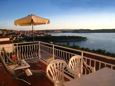 Photo for Holiday apartment Trogir for 2 - 4 persons with 1 bedroom - Holiday apartment in a villa