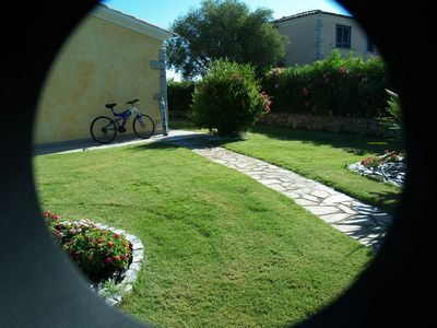 Photo for Holiday house with exclusive garden at 300 mt. from the beach bikes available