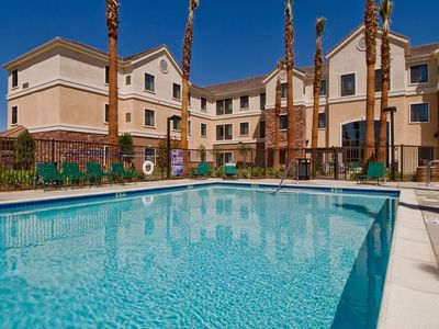 Photo for Free Breakfast. Outdoor Pool & Hot Tub. Great Location! Close to Edwards Air Force Base