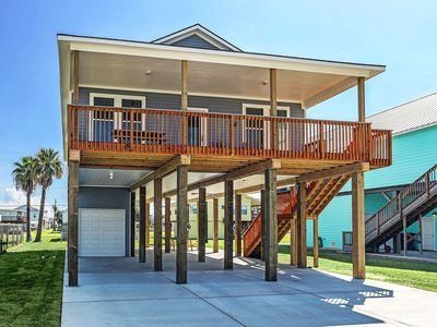 Photo for Spacious Brand New Family Friendly Beach House -Tons of Amenities