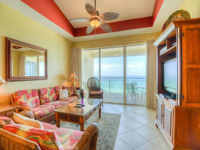 Photo for Gorgeous, beachfront unit, 2 beach chairs included, Quick drive to dining