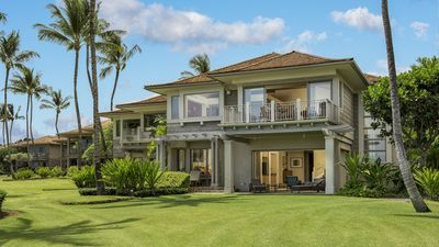 Photo for Spacious Villa with perfect location along 15th Fairway!