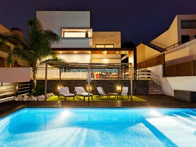 Photo for Modern joyful villa with heated &private pool
