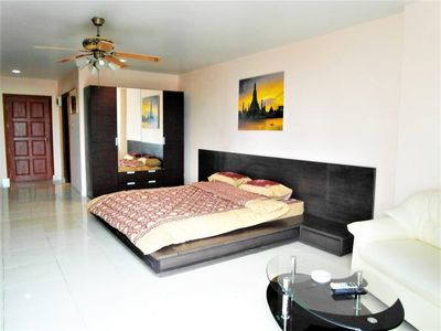 Photo for Spacious studio View Talay 2