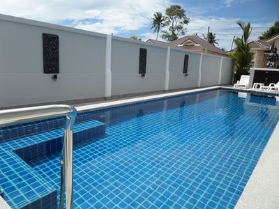 Photo for 4 bedroom Close To All Attractions and 1km from cartoon network waterpark