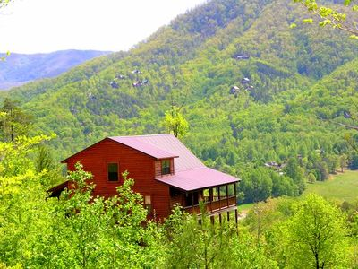 Photo for Easy access valley floor cabin with breathtaking views with fire pit to enjoy