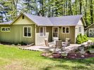 2BR Cottage Vacation Rental in Sugar Camp, Wisconsin