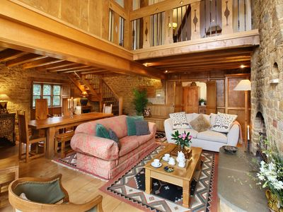 Photo for Beautifully crafted,  open plan luxury near Great Tew