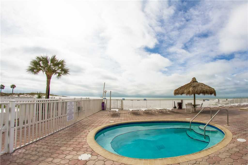 #308 Sea Breeze Condo: 2 BR / 2 BA 3rd floor in Madeira Beach, Sleeps 8