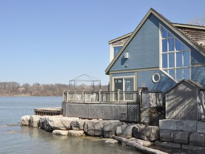 Photo for Water front, Private, Luxury, Romantic Sunsets, Pool, Close To Centre And Shaw.