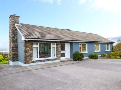Photo for GURRANEBAWN, family friendly in Cahersiveen, County Kerry, Ref 936640