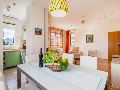 Photo for Nice and comfortable family-friendly apartment between Split and Trogir.