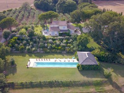 Photo for 7 bedroom Villa, sleeps 13 in Manciano with Pool, Air Con and WiFi