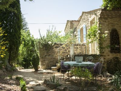 Photo for Loft in a lovely farm-house on the Mont-Ventoux's country side
