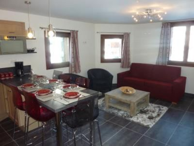Photo for Rare apartment in chalet on the slopes of Tignes
