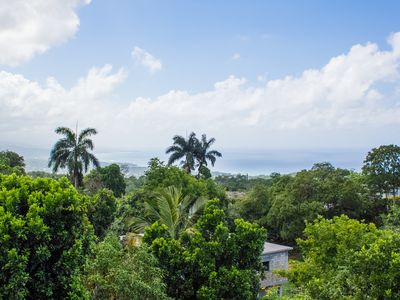 Two bedrooms in the hills with a stunning ocean view very close to Ocho Rios