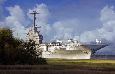 Photo for 2 NIGHT MIN - Minutes to Charleston Market, USS Yorktown, Beaches & Boone Hall