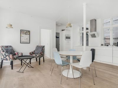 Photo for 2 Bed Room Hotel Apartment   Prime Location