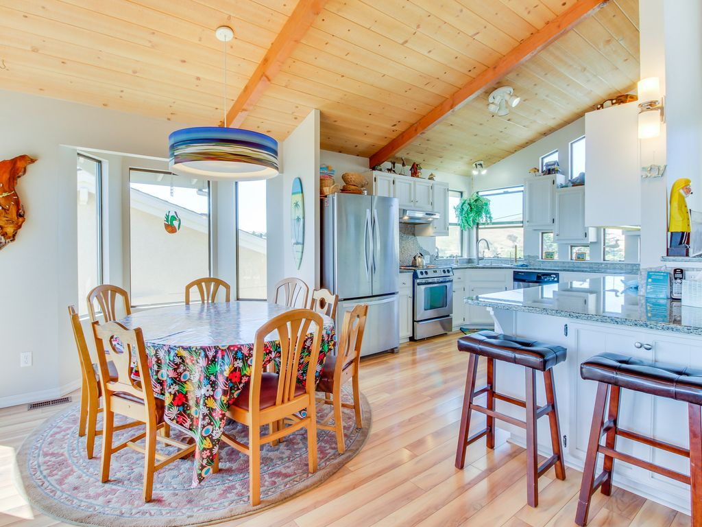 Open & spacious beach home w/ newly remodeled kitchen, ocean views ...