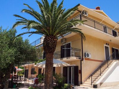 Photo for 1BR Apartment Vacation Rental in Brela