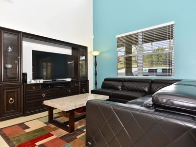 Photo for Games Room, WiFi, Private Pool and Spa