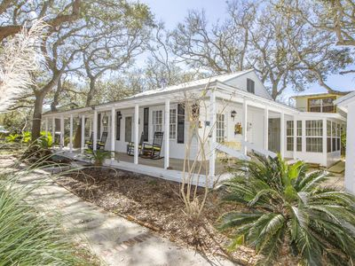 Photo for 3/2 Charming Beach Home - Sleeps 8 - Fenced Yard - Great Price!!!