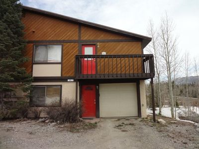 Photo for 4 bedroom pet friendly unit in Silverthorne. Minutes to skiing and hiking/biking trails.