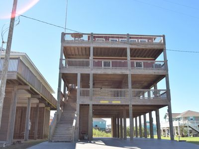 Photo for 6BR House Vacation Rental in Crystal Beach, Texas