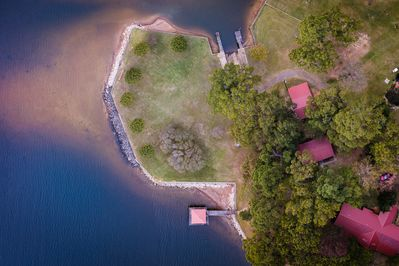 Overhead view of Gibson Point. Crappie House is the middle red-roofed structure.
