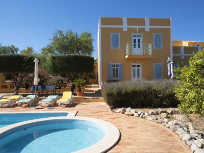 Photo for Delightful, authentic Quinta with swimming pool close to beach and towns