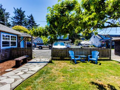 Photo for 3 cozy, dog-friendly cottages w/gas fireplaces, shared courtyard, & beach access