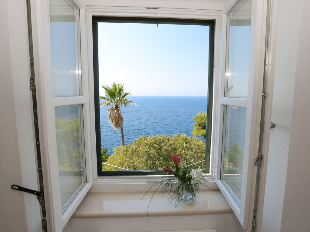 Modern 2br w sea view terrace well appointed home for 10180 old well terrace