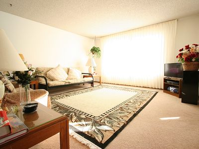 Photo for NON-SMOKING NON-SMOKING  SPACIOUS  1-BR Apartment