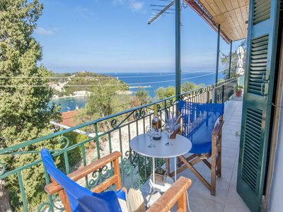 Photo for Poppy Apartment - one bedroom with dramatic views over the bay of Loggos.