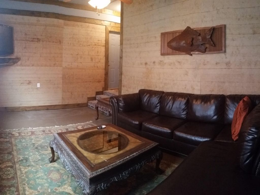 Nice Clean Furnished 2 Bedroom Apt In Cotton District Starkville Mississippi Rentbyowner