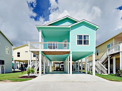 Photo for 2BR at Coral Reef Cottage w/ Boat Parking, Bay Views & Pool