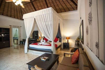 THE ROYAL ONE BEDROOM PRIVATE POOL VILLA