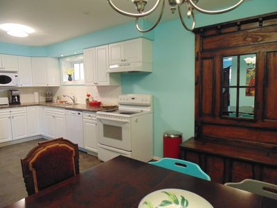 Photo for Beautiful Family-Friendly Spacious 2 Bedroom Suite