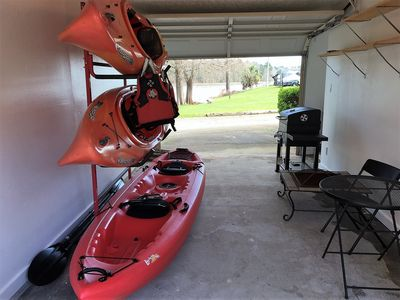 Photo for Waterfront on Lake Livingston. Kayaks & fishing gear included.